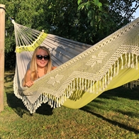 Double green fabric hammock with exclusive fringes
