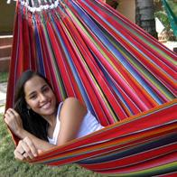 Fabric hammock Remanso in authentic Mexican colors. No R487.0 Mexico Red